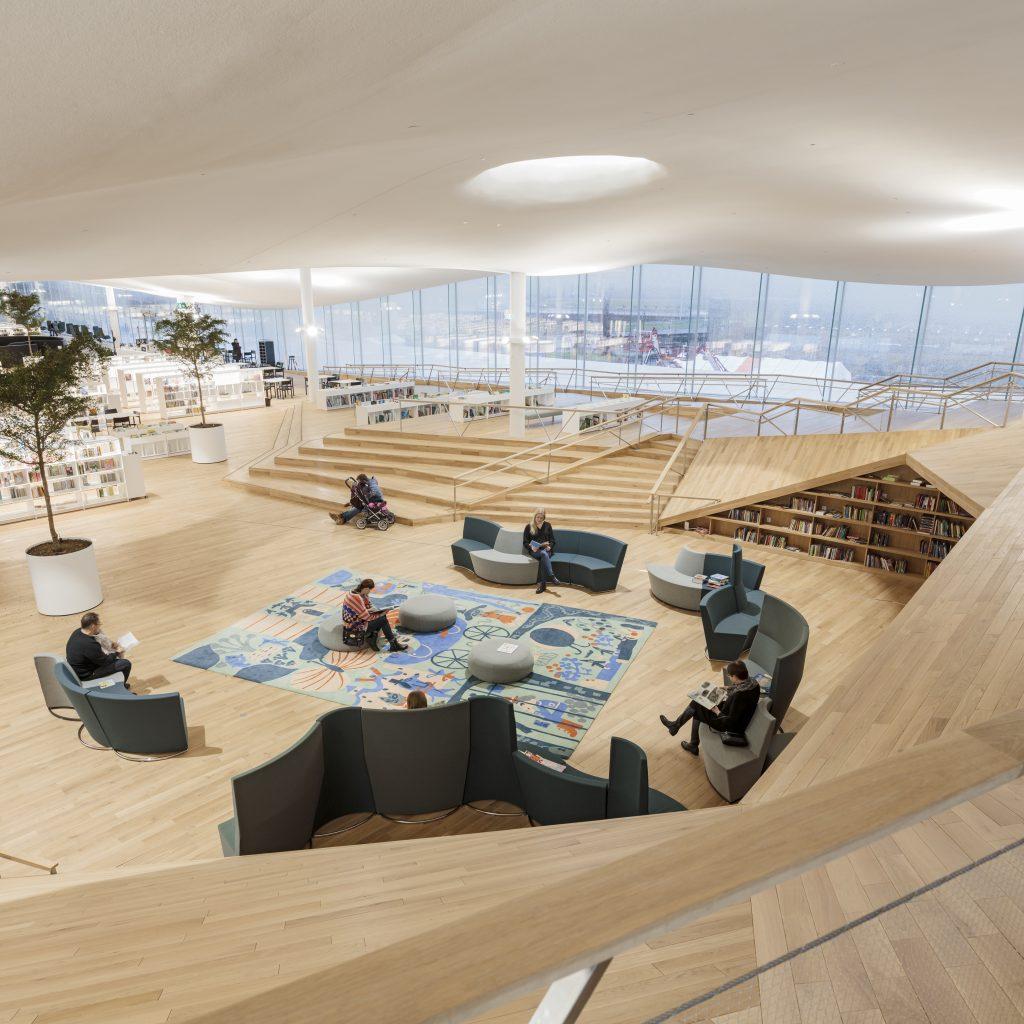 Helsinki biblioteca central Oodi
